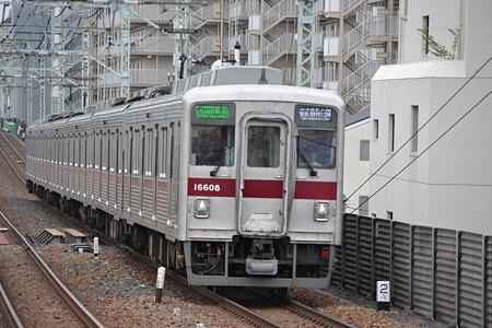 東武10000系@梅島駅[5/16]