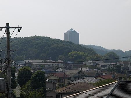 某大学の建物(片倉駅)