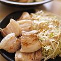 写真: グリーンカレーと焼き塩豚