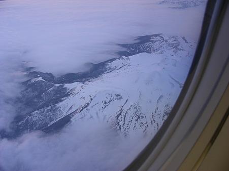 雲海から出た日本アルプスの山々(1)