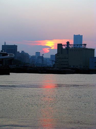 横浜 貯木場
