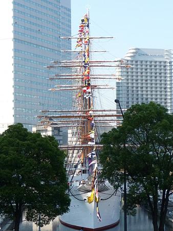 100602-開港祭 日本丸満船飾
