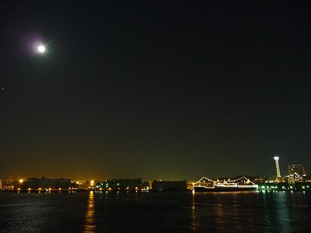 100922-大桟橋夜 (12)