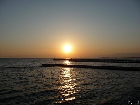 110406-江ノ島からダイヤモンド富士 (1)