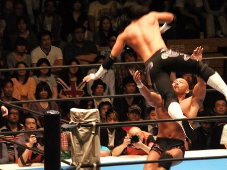 新日本プロレス BEST OF THE SUPER Jr.XIX Bブロック公式戦 佐々木大輔vs邪道 (2)