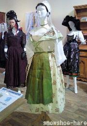 フランスの民族衣装