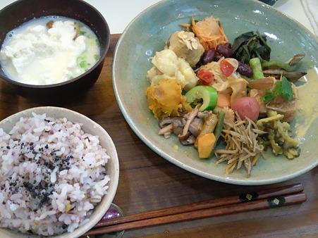 みぃーむーん食堂 野菜プレート