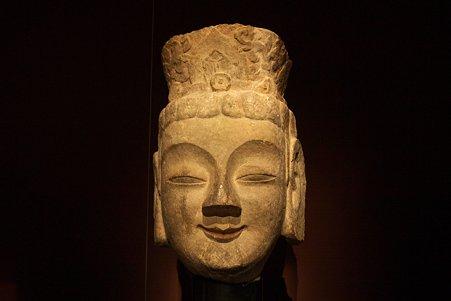 2010.11.15 東京国立博物館 仏像の道-インドから日本へ 菩薩頭部 龍門石窟賓陽中洞