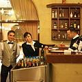 Photos: 2011.01.25 トルコ カッパドキア ウチヒサル・カヤ・ホテル レストランスタッフ