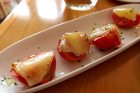 2011.04.10 七里ヶ浜 トマトとチーズ