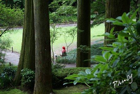 赤地蔵さまのいる風景・・1