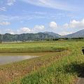 写真: 100511-96阿蘇山一周・南側からの根子岳(中央)と高岳(右)