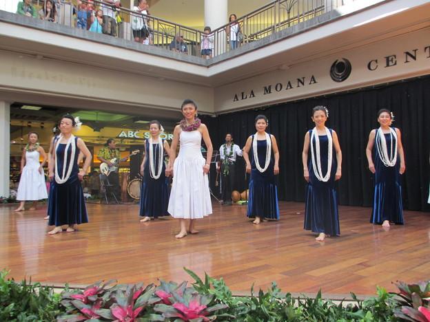 2012 Ala Moana center stage_010