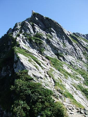 二峰への登り