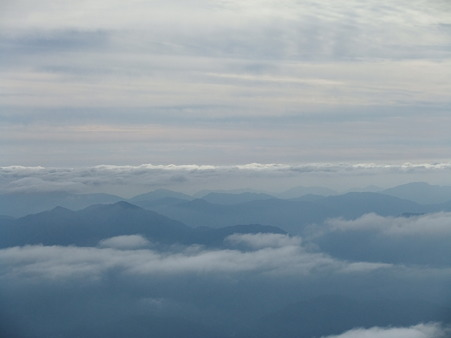 弥山山頂から望む南方面