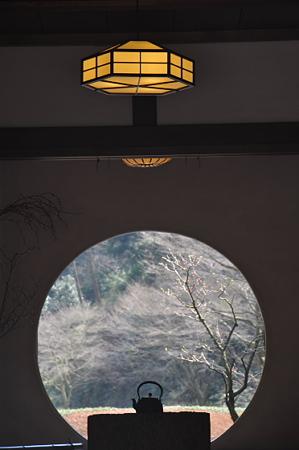 明月院 丸窓