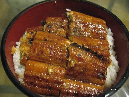 晩ご飯は鰻丼